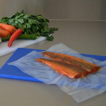 Vacuum sealing bags for fish